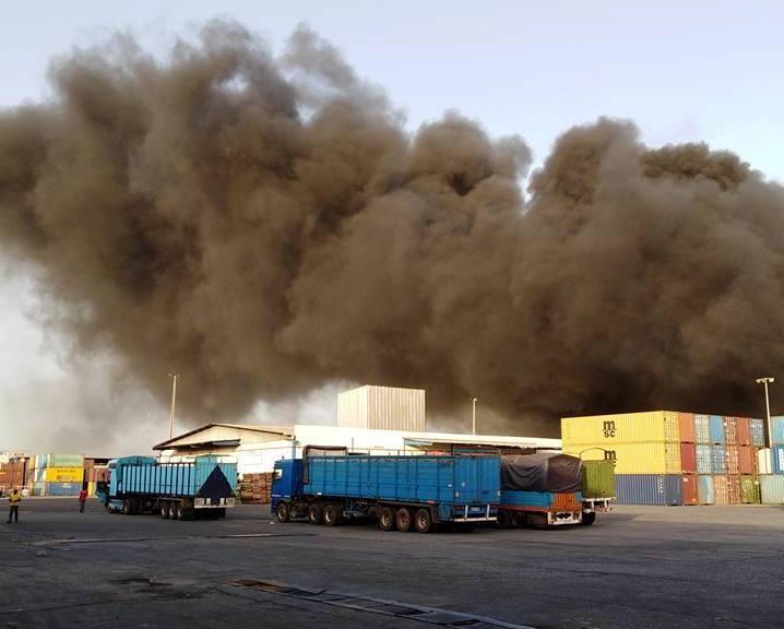 Zone industrielle Vridi- Un incendie déclaré à GESTOCI, les usagers invités à éviter à la zone sinistrée