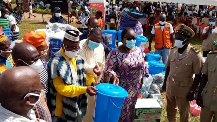 Man : 52 villages reçoivent 312 latrines.