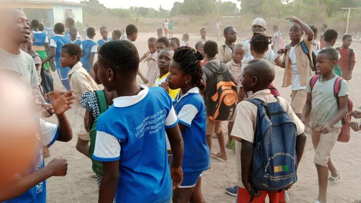 """Guemon(Ouest de la Côte d'Ivoire): L'Ong """"Damahan'""""' apporte son aide à 400 orphelins et 60 femmes démunies"""