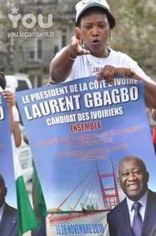 France : les  Ivoiriens  de la diaspora ont manifesté dans le froid contre Ouattara.